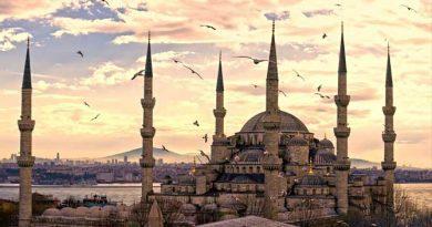 Ocak Ayında Yaşanmış Tarihi Olaylar-Sultanahmed Camii