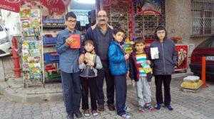 Üsküdarlı Bakkal Kanber Bozan'ın Çocuklar İçin Kütüphane Açması