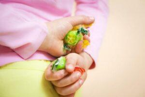 Çocuklarda Görülen Eşya Çalma Problemi