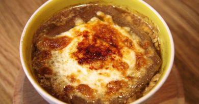 Değişik Çorba Tarifleri-Fransız Usulü Soğan Çorbası