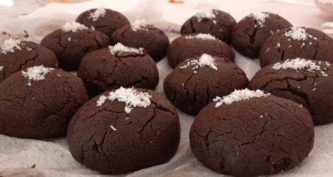 kakaolu-islak-kurabiye-tarifi