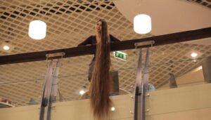 228 Cm'lik Saçların İhtişamı