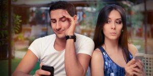 İlişkilerde Aşırı Telefon Kullanımının Olumsuz Etkileri