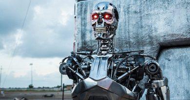 robotlarla-savas-stephen