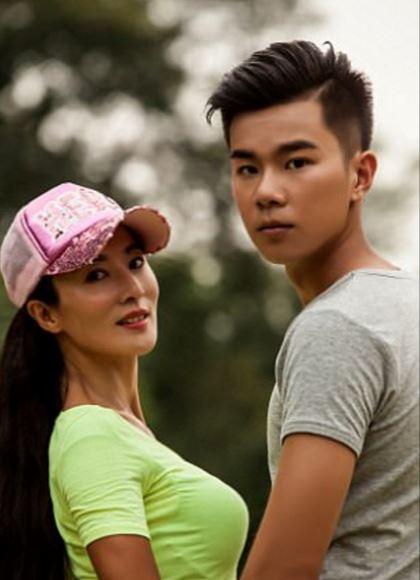 Liu Yelin'in Genç Görünümü