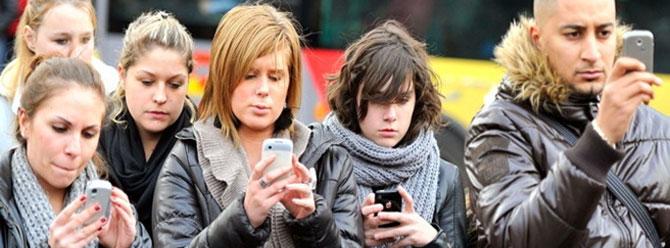 Akıllı Telefon Bağımlılığı ve Sosyal Medya