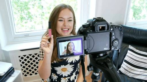 Çinli Vlogger Bayan Zhang