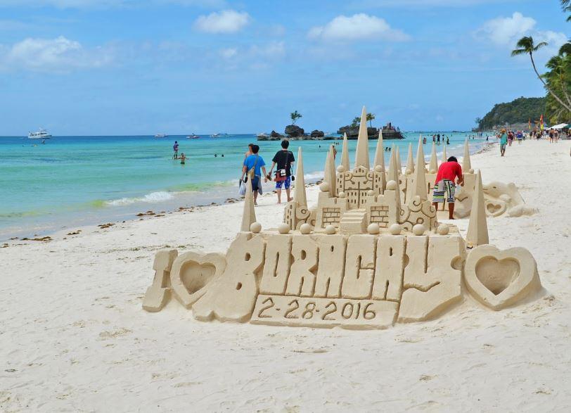 Boracay Adasıi