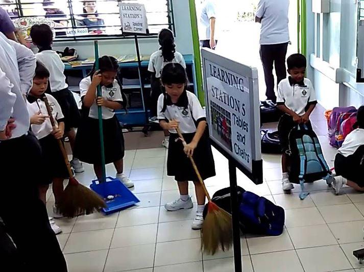 guney-kore-ogrenciler-temizlik