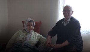 Ali Demeli'nin Felçli Eşine ve Zihinsel Engelli Oğluna Bakması