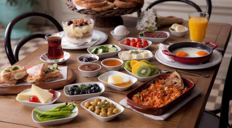 Beynin Uyanması İçin Kahvaltı Yapmak