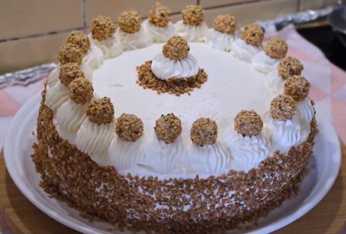 Fındıklı Yaş Pasta Yapımı