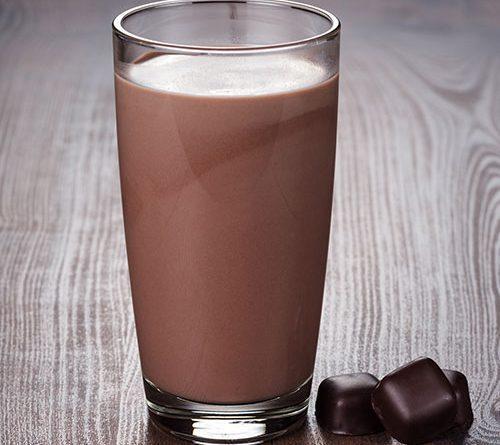 Kakaolu Süt yapımı