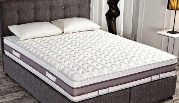 Yaşlara Göre Yatak Tercihleri ve Bel Yastığı Kullanımı Nasıl Olmalı?