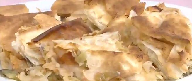 Patlıcanlı Tepsi Börek yapımı