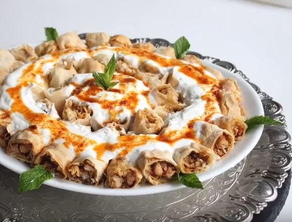 Yoğurtlu Sultan Kebabı yapımı