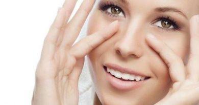 Yüz Yogası Yağı Uygulama Cilt