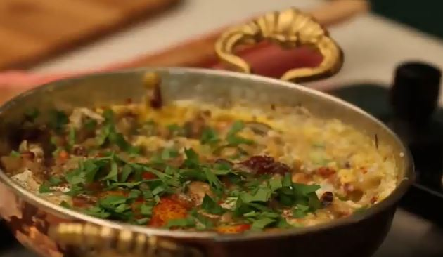 Patlıcanlı Yumurta yapımı