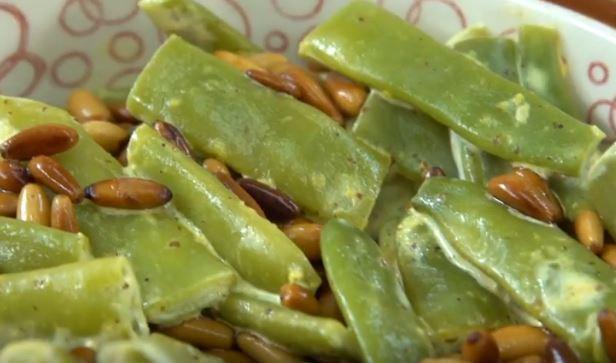 Hardallı taze Fasulye Salatası