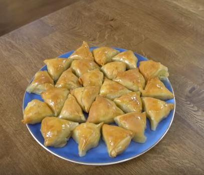 Laz Böreği Tatlısı Tarifi