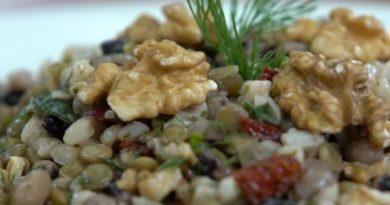 Tahin Soslu Kış Salatası Yapımı