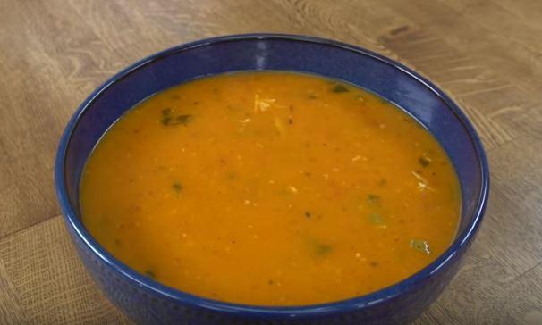 Fesleğenli Tarhana Çorbası Yapımı
