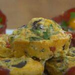 Kuru Domatesli ve Peynirli Yumurta Muffinleri Yapımı