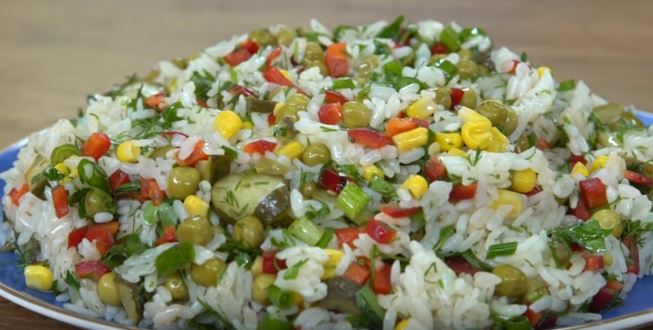 Pirinç Salatası Yapımı