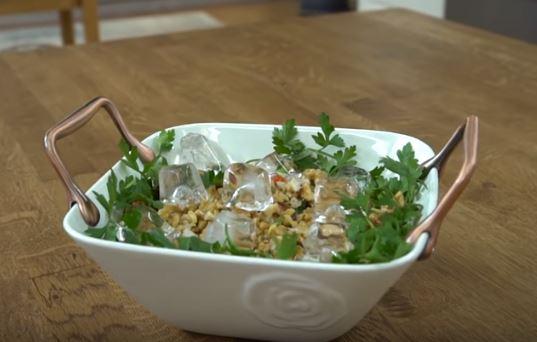 Buzlu Çoban Salata Yapımı
