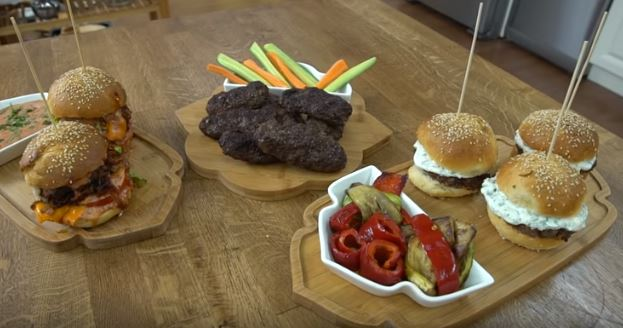 Hamburger Köftesi Yapımı