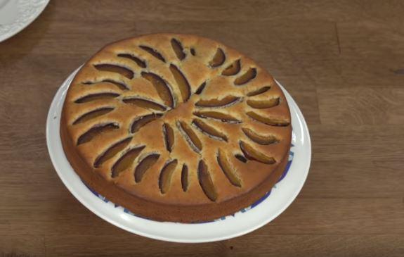 Mürdüm Erikli Kek Yapımı