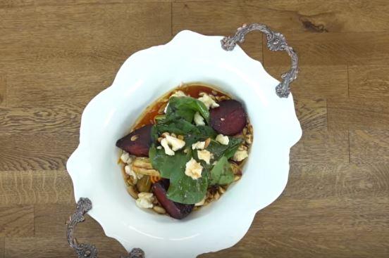 Sebzeli Kış Salatası Yapımı