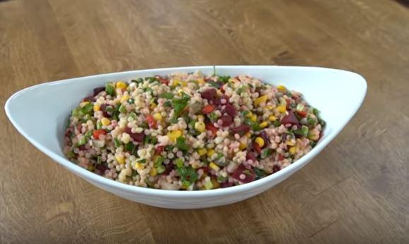 Sebzeli Kuskus Salatası Yapımı
