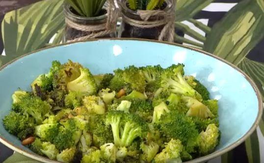 Dolmalık Fıstıklı Brokoli Yapımı