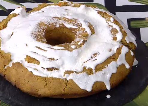 Muskatlı Havuçlu Kek Yapımı