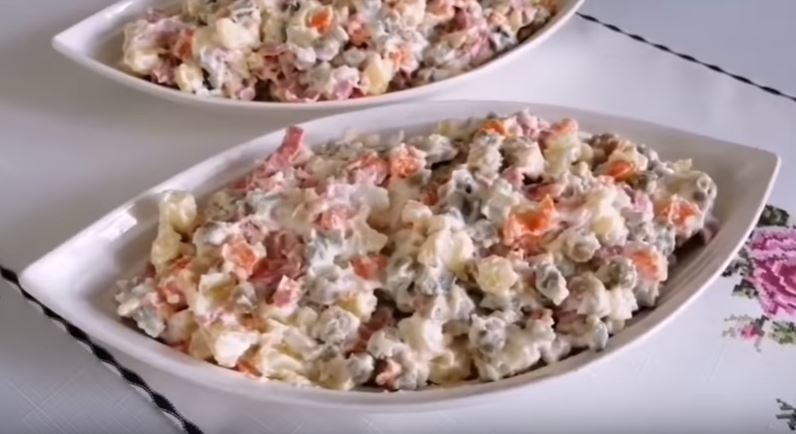 İtalyan Salatası Tarifi