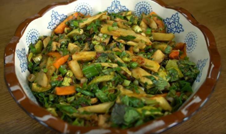 Kızartma Salatası Yapımı