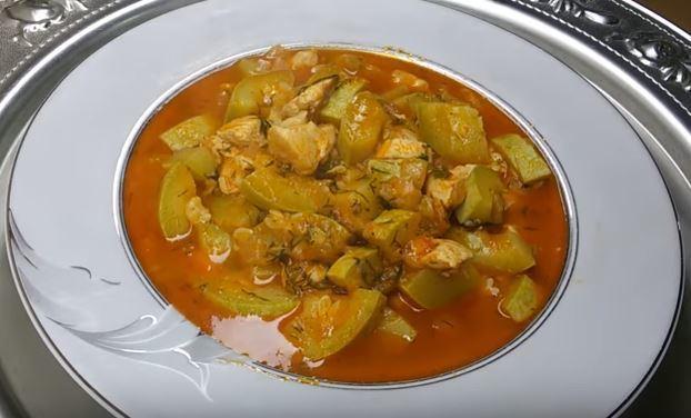 Tavuklu Sulu Kabak Yemeği Yapımı