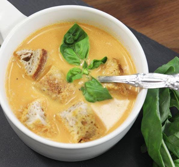 Kremalı Domates Çorbası Yapımı