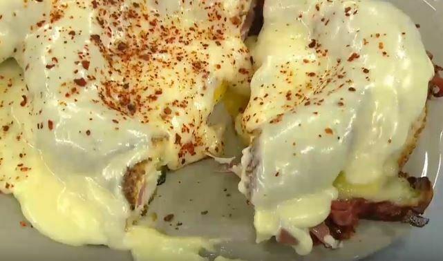 Simitli Peynirli Yumurta Yapımı