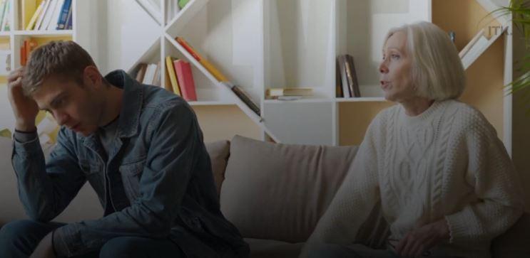 Genç Adam, Ebeveynlerinin Kendisinden 'Gülünç' Bir Miktar Kira