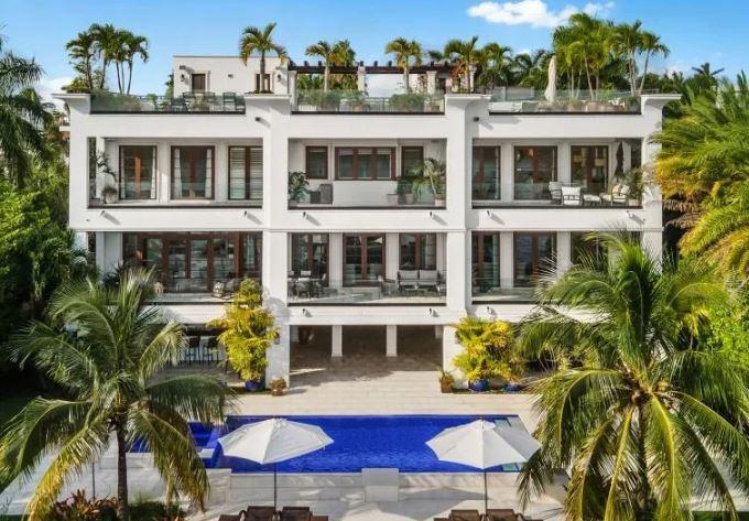 Eski Boksör Floyd Mayweather, Miami'de 18 Milyon Dolara Malikane