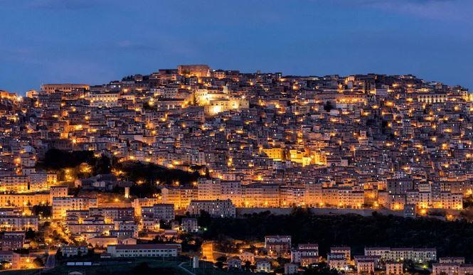 Avrupa'nın En İyi 17 Küçük Kasabasını Seyahat Gangi Sicilya