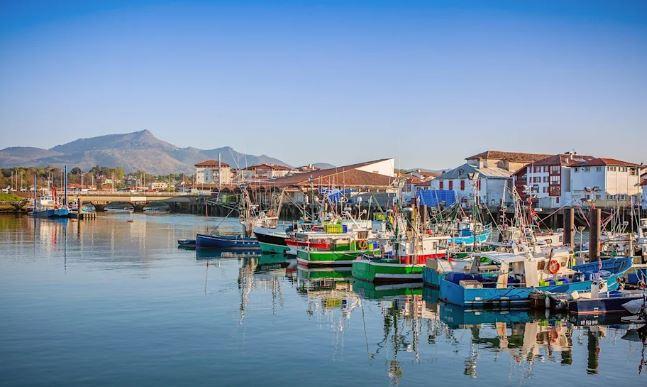 Avrupa'nın En İyi 17 Küçük Kasabasını Seyahat Saint-Jean-de-Luz Fransa