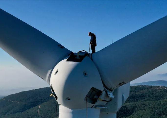 Rüzgar Türbini Teknisyenleri En Tehlikeli İşlerden