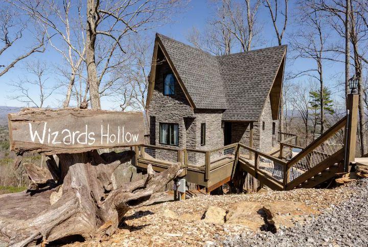 Airbnb'de Harry Potter'dan İlham Alan Ağaç Ev Wizards Hollow